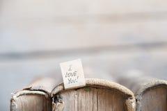 Je t'aime marquant avec des lettres Carte de valentine de vintage Orientation molle Photos libres de droits
