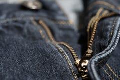 Jean με το χρυσό φερμουάρ Επιλεγμένη εστίαση Στοκ φωτογραφίες με δικαίωμα ελεύθερης χρήσης