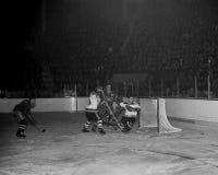 Jean Beliveau Montreal Canadiens royaltyfria foton