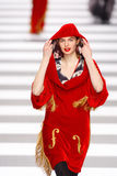 Jean-Charles DE Castelbajac de Baan van de Modeshow Stock Afbeelding