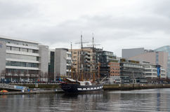 Jeanie Johnston Tall Ship al fiume Liffey a Dublino, Irlanda Fotografie Stock