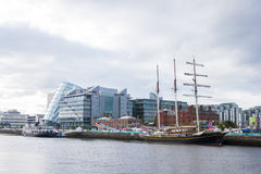 Jeanie Johnston Tralee statek przy Liffey rzeką w Dublin Zdjęcie Stock