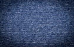 Jeans bleu-foncé comme fond photo libre de droits