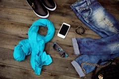 Jeans et accessoires de mode Images stock