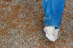 Jeans et espadrilles blanches Image stock