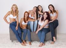 Jeans för alla Arkivfoton