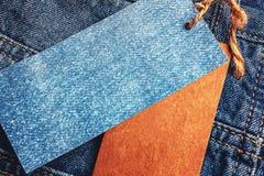 Jeans met leeg document prijskaartje Royalty-vrije Stock Afbeelding