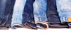 Jeans op een rij Stock Foto's