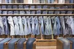 Jeansshop lizenzfreies stockfoto