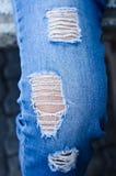 Jeanstextuur als achtergrond, textuur van Denimjeans of achtergrond de de gescheurde van denimjeans met oud De oude jeans van het royalty-vrije stock foto
