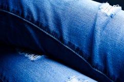 Jeanstextuur als achtergrond, textuur van Denimjeans of achtergrond de de gescheurde van denimjeans met oud De oude jeans van het royalty-vrije stock fotografie