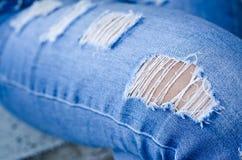 Jeanstextuur als achtergrond, textuur van Denimjeans of achtergrond de de gescheurde van denimjeans met oud De oude jeans van het royalty-vrije stock foto's
