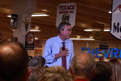 Jeb Bush spreekt in Ankeny, Iowa, op 13 Augustus, 2015 Stock Foto's