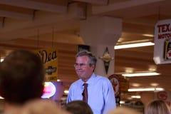 Jeb Bush spreekt in Ankeny, Iowa, op 13 Augustus, 2015 Royalty-vrije Stock Foto