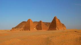 Jebel Barkal e pirâmides, Karima Nubia, Sudão foto de stock