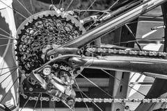 Jechać na rowerze łańcuszkowych połączenia i cogs na rajdu samochodowego rowerze Zdjęcie Stock
