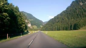 Jechać W dół drogę w Szwajcaria zbiory wideo