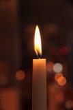 Jeden świeczka w kościół jako tło Zdjęcie Stock