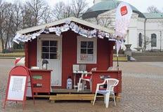 Jeden agitacja kioski na głównym placu w Hameenlinna, Finlandia Fotografia Stock