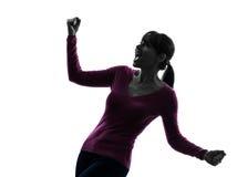 Kobiet ręki szeroko rozpościerać krzyczącą szczęśliwą sylwetkę Zdjęcie Royalty Free