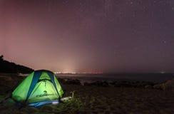 Jeden noc w plaży zdjęcia stock