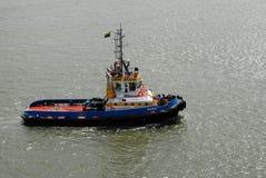 Jeden pracujący tugboats w schronieniu Cartagena Obraz Stock