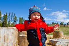 Jeden roczniak Bawić się przy parkiem Zdjęcie Royalty Free