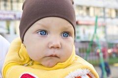 Jeden rok chłopiec smutny portret outside Fotografia Royalty Free