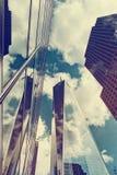 Jeden world trade center i otaczający drapacze chmur Zdjęcie Royalty Free