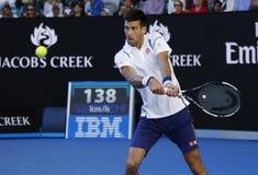 Jedenaście czasów wielkiego szlema mistrz Novak Djokovic Serbia w akci podczas jego round 4 dopasowania przy australianem open 20 Zdjęcie Stock