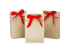 Jeder träumt vom Erhalten eines Geschenks in solch einer netter Tasche mit einem Rot stockbilder