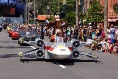 Jedi Mickey Mouse tijdens de Star Wars-Weekends 2014 Stock Foto