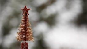 Jedlinowego drzewa zabawki hd śnieżny materiał filmowy zdjęcie wideo