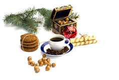 Jedliny gałąź, owsa pieczenie, lasowi nutlets, kawa i szkatuła, Zdjęcia Royalty Free