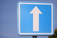 Jednobiegowego ruchu drogowego znak Fotografia Royalty Free