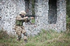 Jednostka specjalna żołnierza napad Zdjęcia Stock