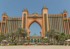 Jednoznaczna architektura Atlantis hotel, Dubaj zdjęcia stock