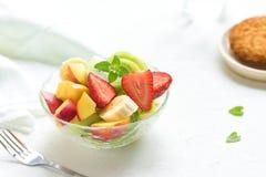jedzenia winogron owocowy pomarańczy wegetarianin porcelanowa sałatkę Zdjęcie Stock
