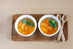 jedzenia winogron owocowy pomarańczy wegetarianin porcelanowa sałatkę Obrazy Royalty Free