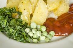 Jedzenie, grula je, horyzontalny, warzywa, warzywo, garnirunek Obrazy Royalty Free