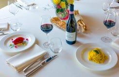 Jedzenie i sztuka w terenie Langhe i Monferrato Obraz Royalty Free