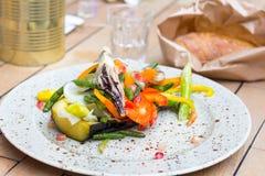 Jedzenie na talerzu, Piec na grillu warzywa Obrazy Royalty Free
