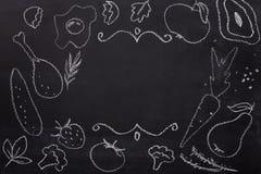 Jedzenie rysujący z kredą na blackboard royalty ilustracja