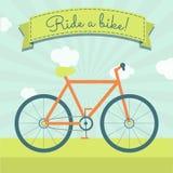 Jedzie rower Fotografia Royalty Free