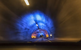 Jedzie w światowym ` s długim tunelu Fotografia Stock
