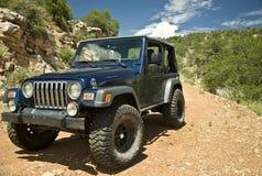 Jeep auf einer Arizona-Spur Stockbilder