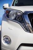 Jeep blanco Imagenes de archivo