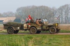 Jeep che avanza a Groninga, Paesi Bassi del ` s di Willy immagine stock libera da diritti