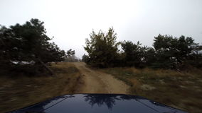Jeep in de bergen gaan-pro stock videobeelden