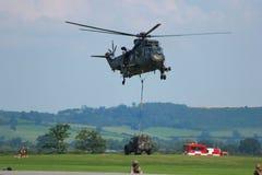 Jeep di trasporto dell'elicottero militare Fotografia Stock